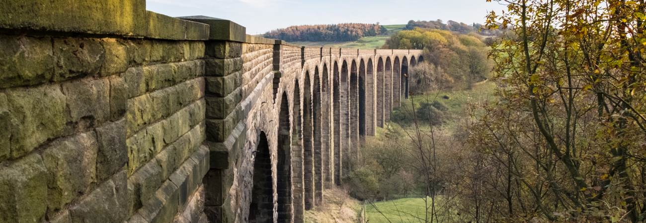 Hewenden Viaduct (c) Rob Ford Photography